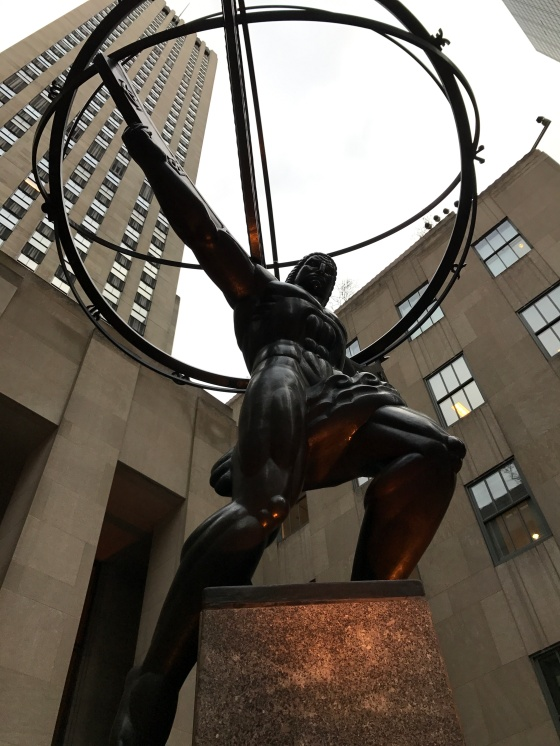 atlas-holding-up-the-rockefeller-centre